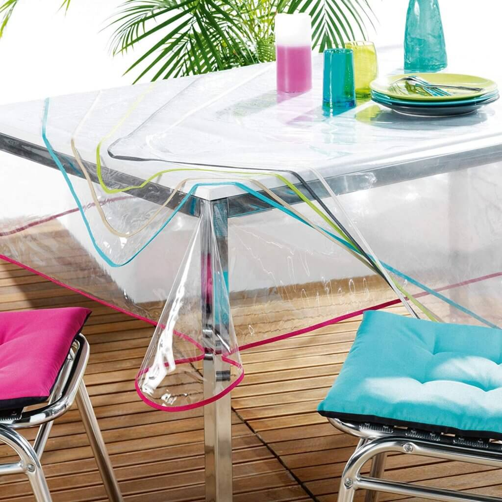 nappe transparente avec liseret décoratif