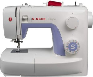 machine à coudre simple 3232 de la marque Singer