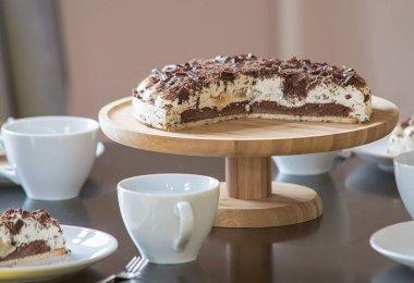 présentoir pour gâteau en bois